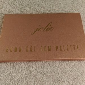 Jolie Beauty Bomb Dot Com Palette